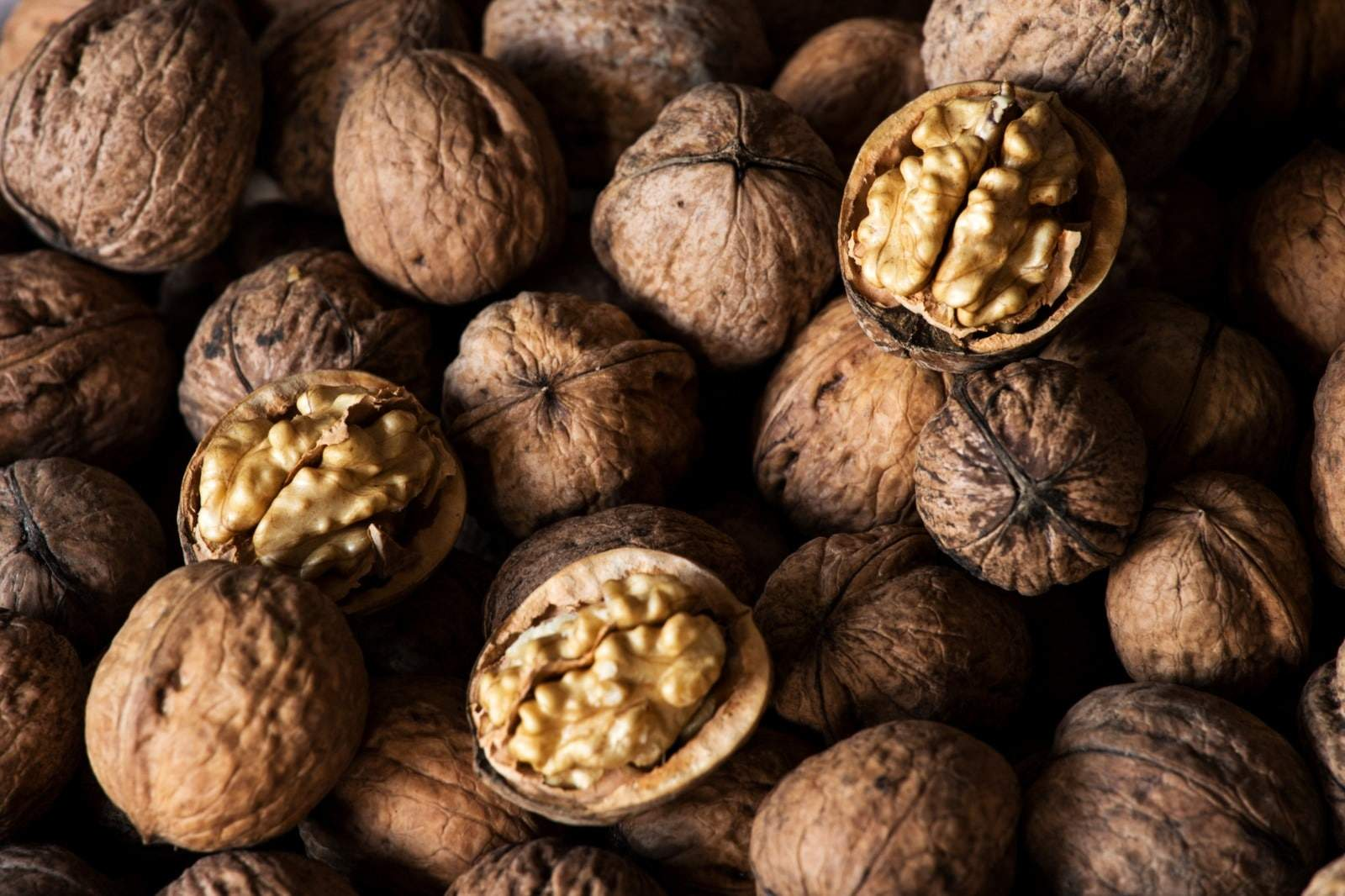 10 Reasons Why Walnuts Are A Must-Eat Superfood